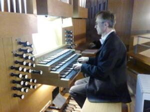 2007 SBMU Advent 05