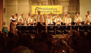 Konzert 40 Jahre Schlossberg Musikanten April 2016 mav 1