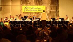 Konzert 40 Jahre Schlossberg Musikanten April 2016 mav 2