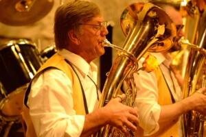 Konzert 40 Jahre Schlossberg Musikanten April 2016 mav 27