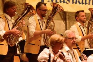 Konzert 40 Jahre Schlossberg Musikanten April 2016 mav 38
