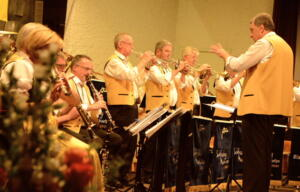 Konzert 40 Jahre Schlossberg Musikanten April 2016 mav 60